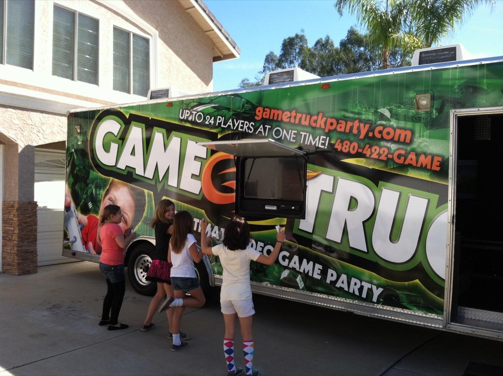 Gametruck Orange County Video Games And Laser Tag Party
