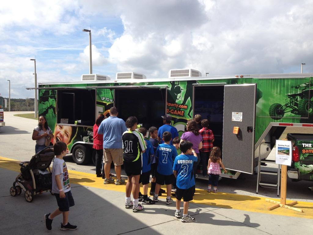 gametruck orlando video games lasertag and watertag party trucks